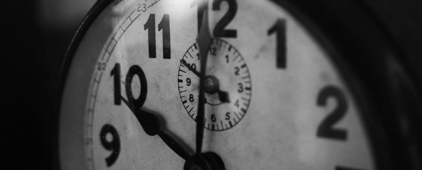 Clock set to 10 effective use of time